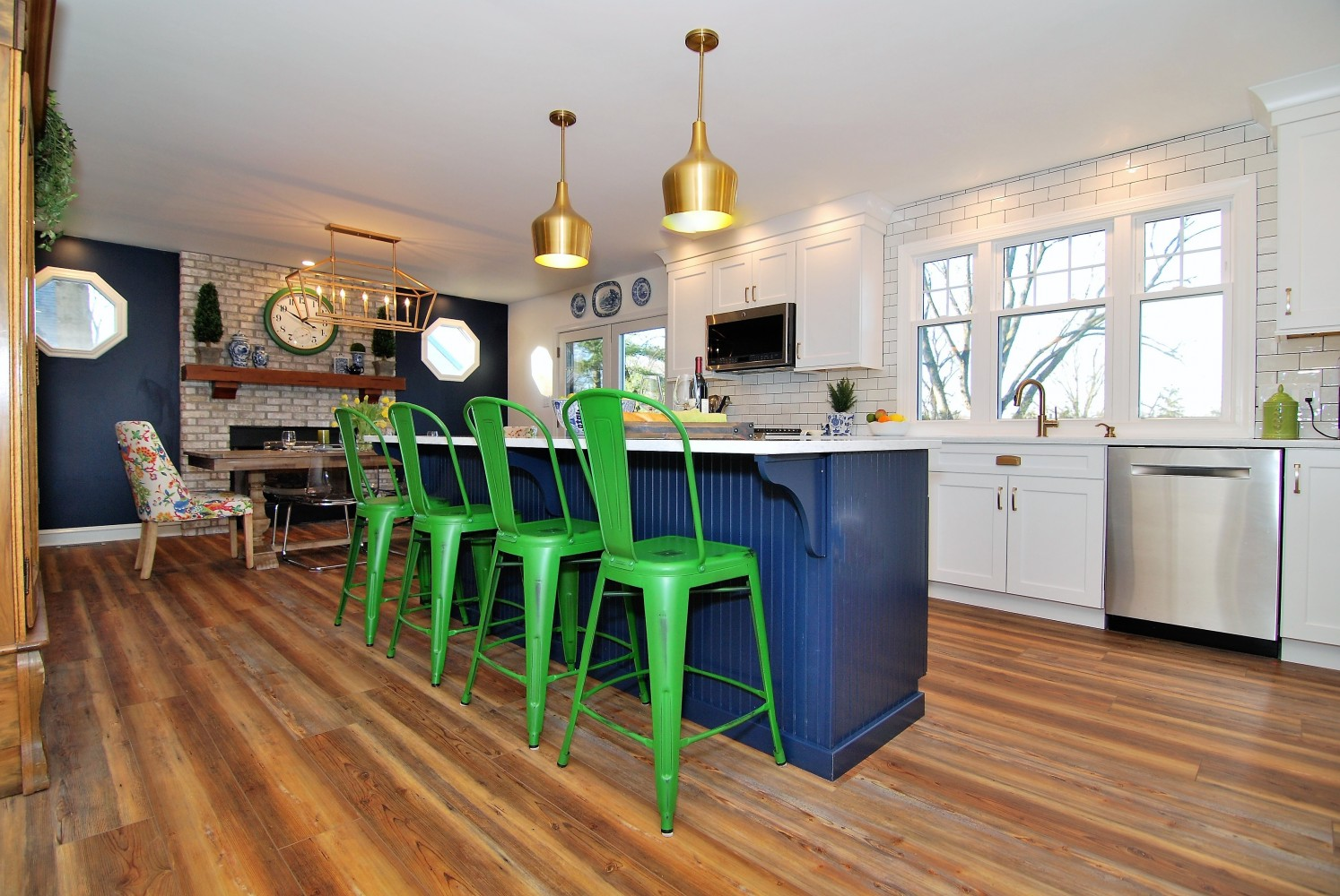 Navy Kitchen Island | Haddonfield NJ | Distinctive Interior Designs