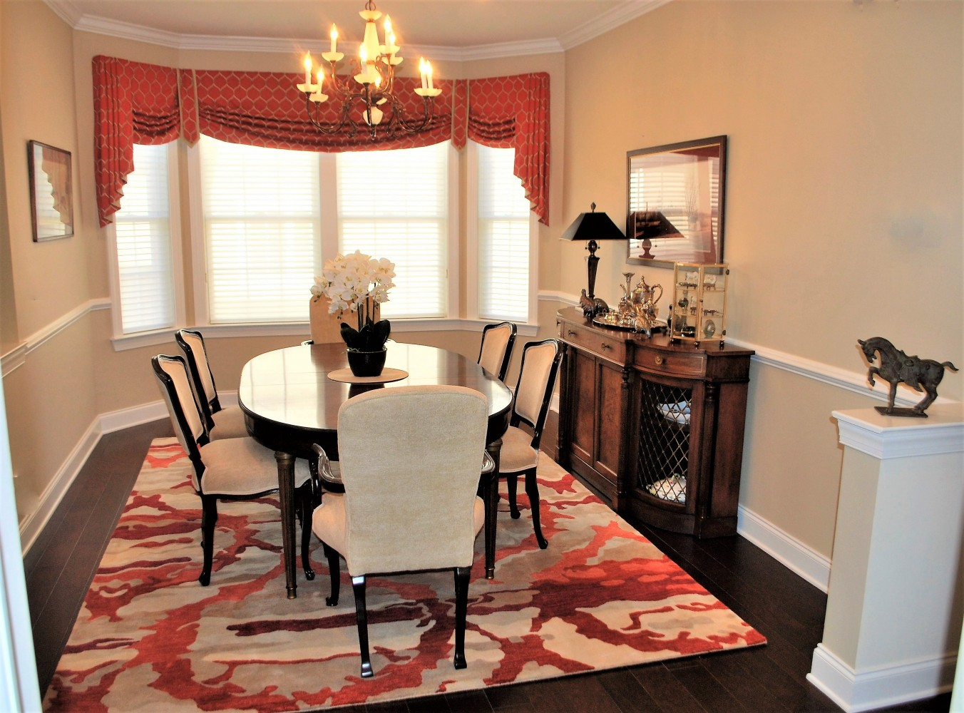 Mix of Modern and Antiques Dining | Skillman NJ | Distinctive Interior Designs