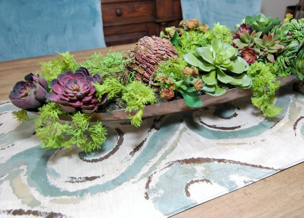 Dining Table Accent