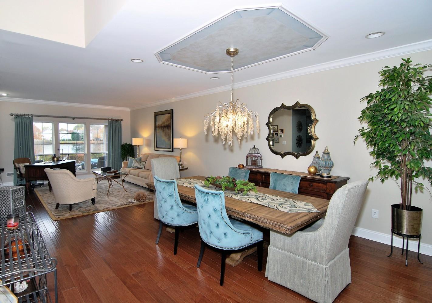 Lake House Dining & Living | Marlton NJ | Distinctive Interior Designs