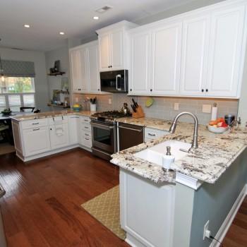 Lake House Kitchen Alaska White | Marlton NJ | Distinctive Interior Designs
