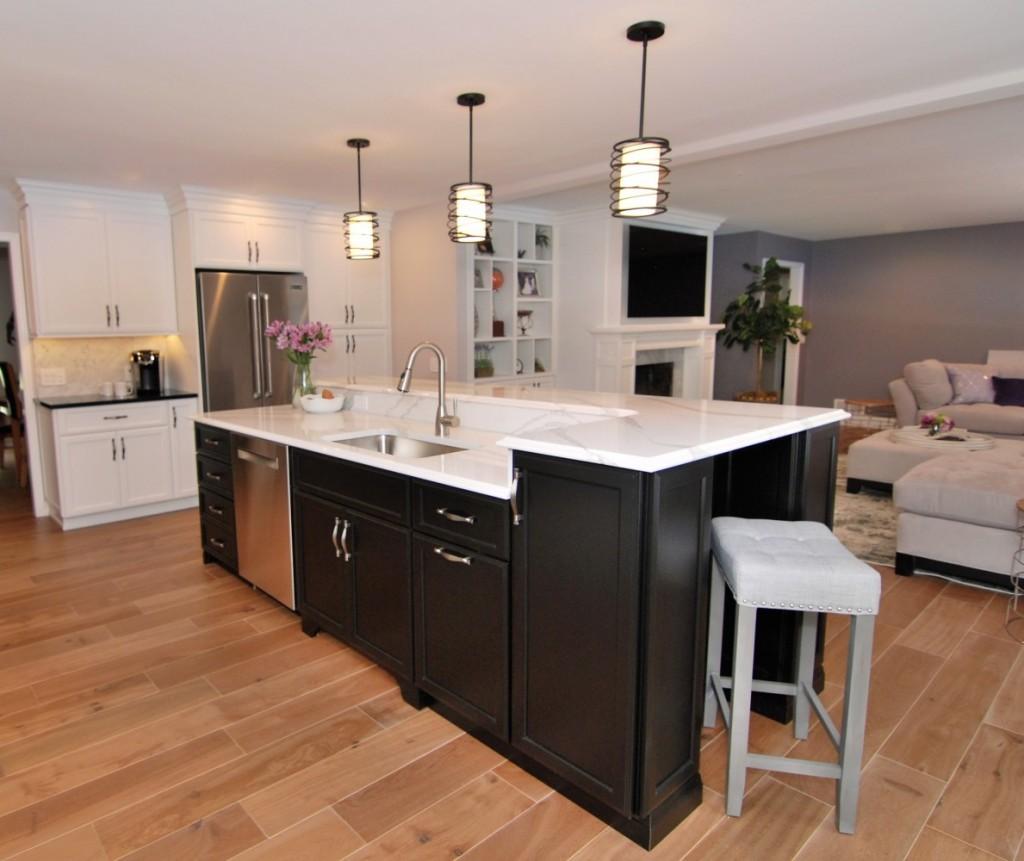 Black Amp White Kitchen Cranbury Nj Distinctive Interior
