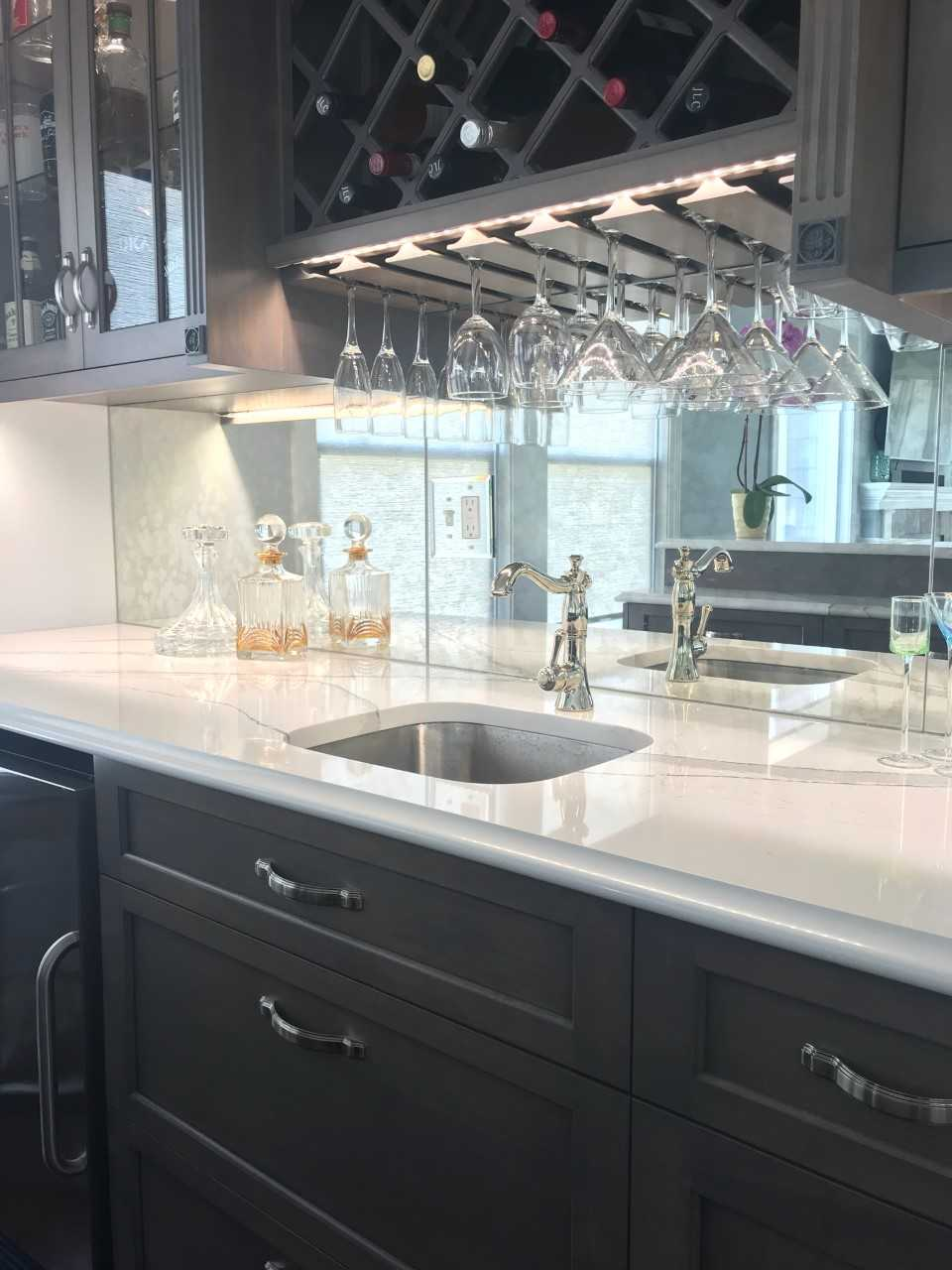 Mirrored Backsplash Beach Bar | Cape May NJ | Distinctive Interior Designs