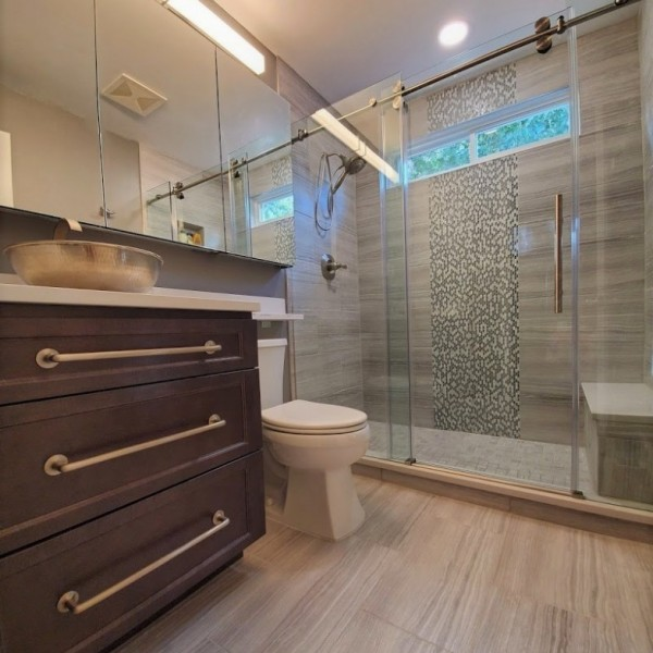 Small Master Bath Tons of Storage | Distinctive Interior Designs | Marlton NJ