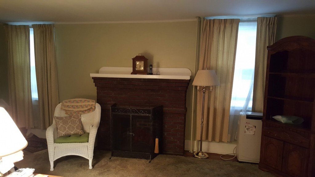 1920s collingswood family room