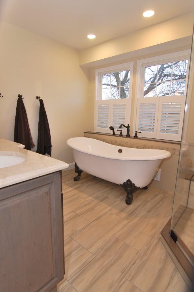Master Bath Paint stone 12x24 tile