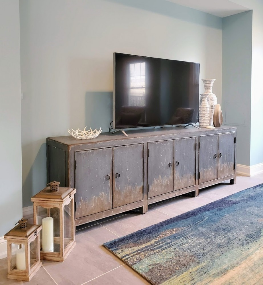 Hooker furniture Boheme Salvator Console 5750-55489 with accessories