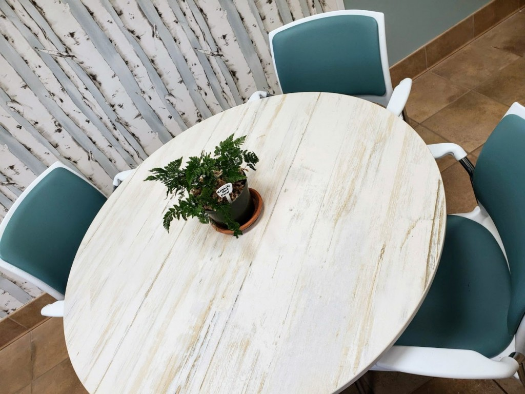 Makai Dekton table top with Strive Stack chair