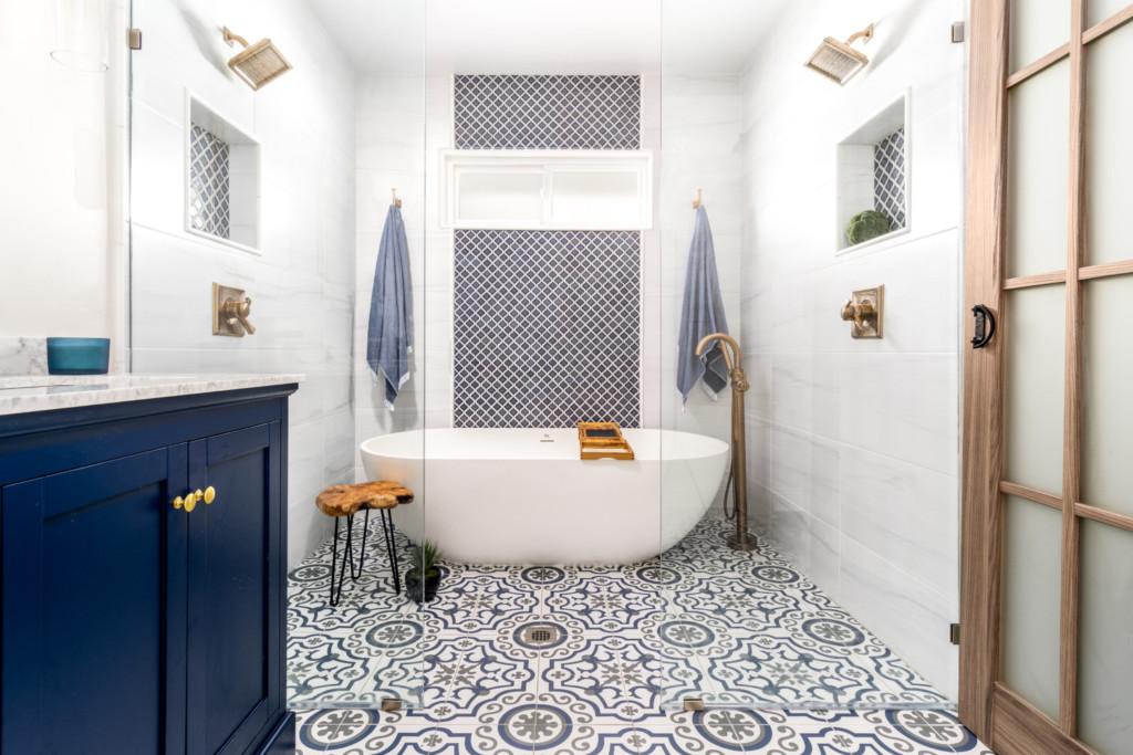 Painted floor tile Dual Showerhead curbless wet room | Distinctive Interior Designs | Collingswood